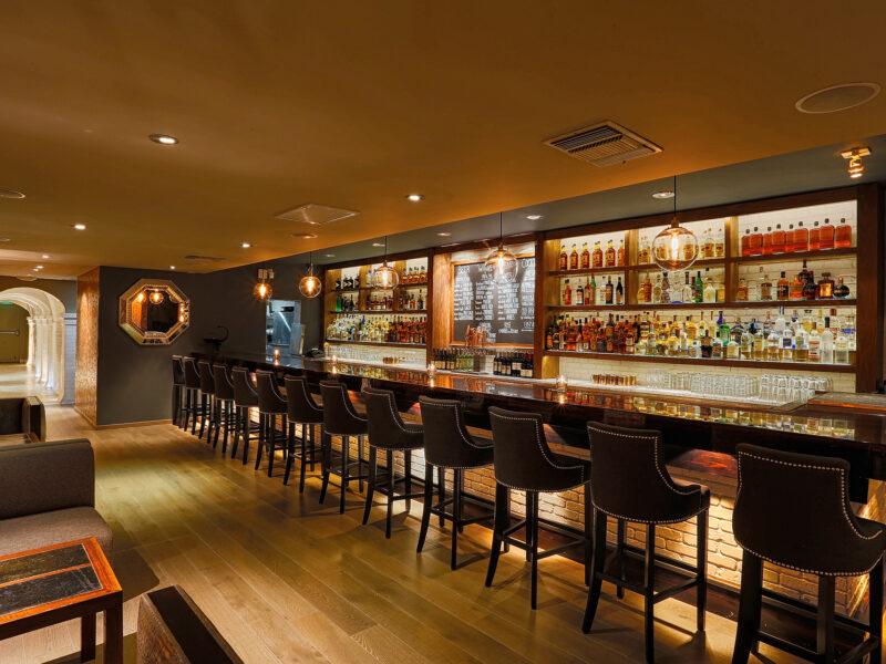 Estate Restaurant & Bar