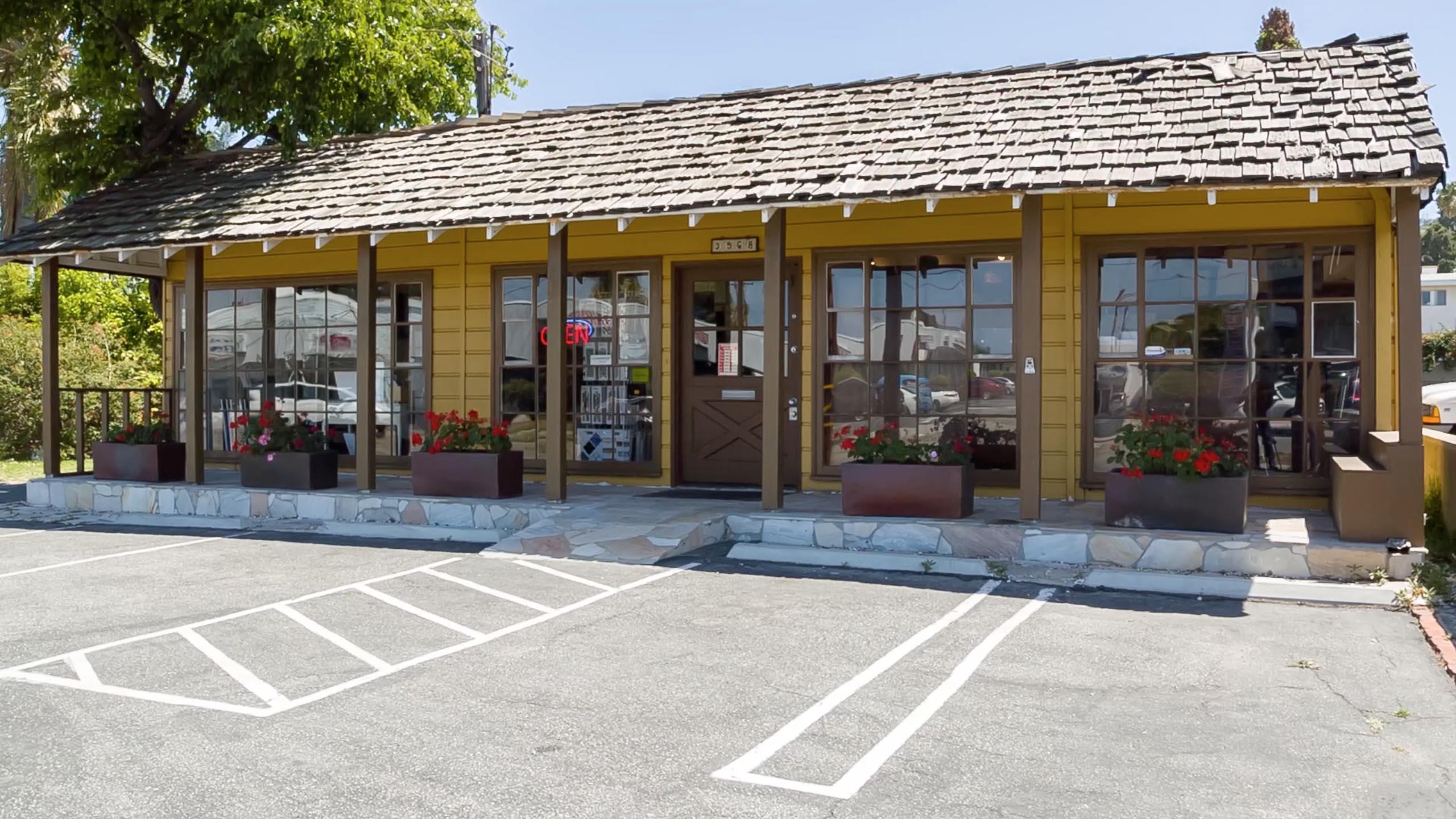 Simply Tiles Design Center, Simply Tiles, Design Center