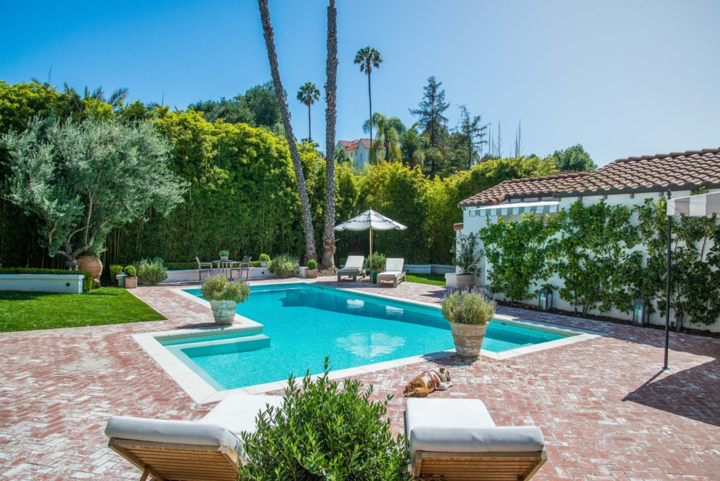 Spanish Colonial estate pool