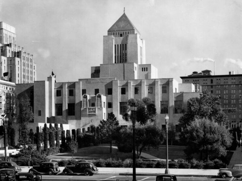 Central_Library_exterior -- 1930s