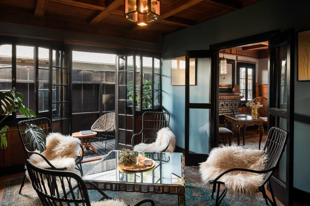 Habitas Venice Beach Clubhouse - Private Lounge - By Read McKendree_