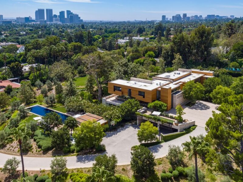 Beverly Hills estate built for sports and marketing executive Casey Wasserman