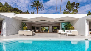 canucks-owner-sells-trousdale-estates-home