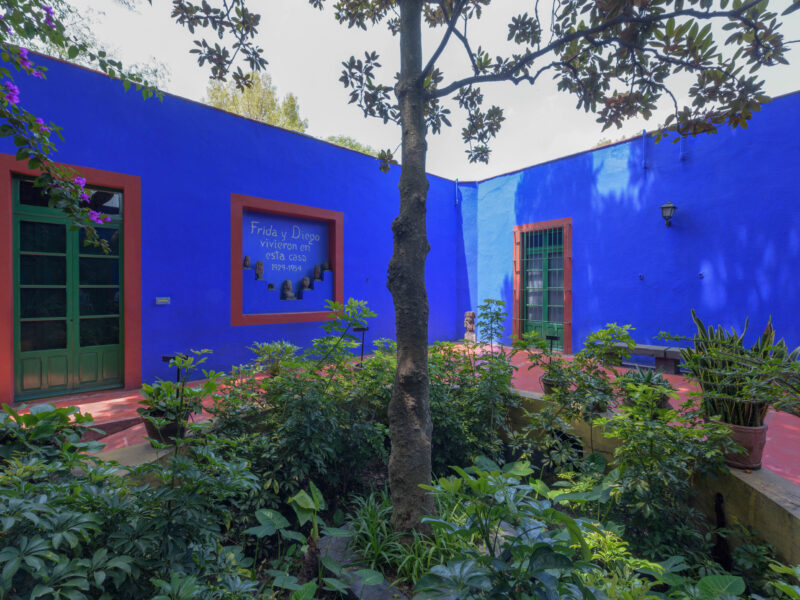 Casa Azul Frida Kahlo - The Blue House in Mexico - DIGS Magazine