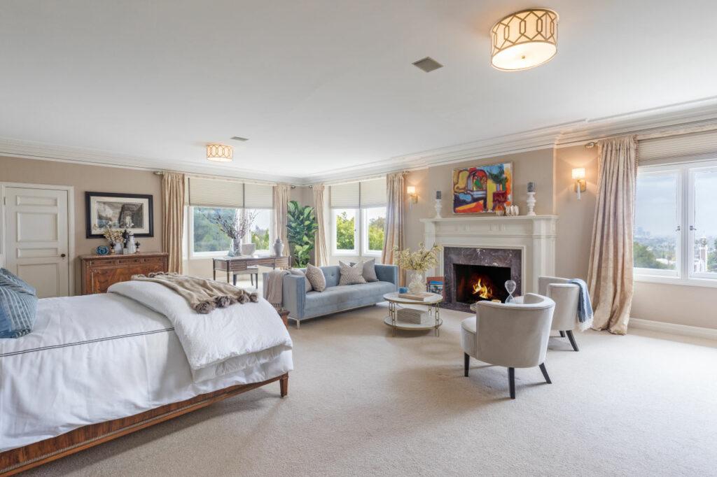 1926 tudor style living room