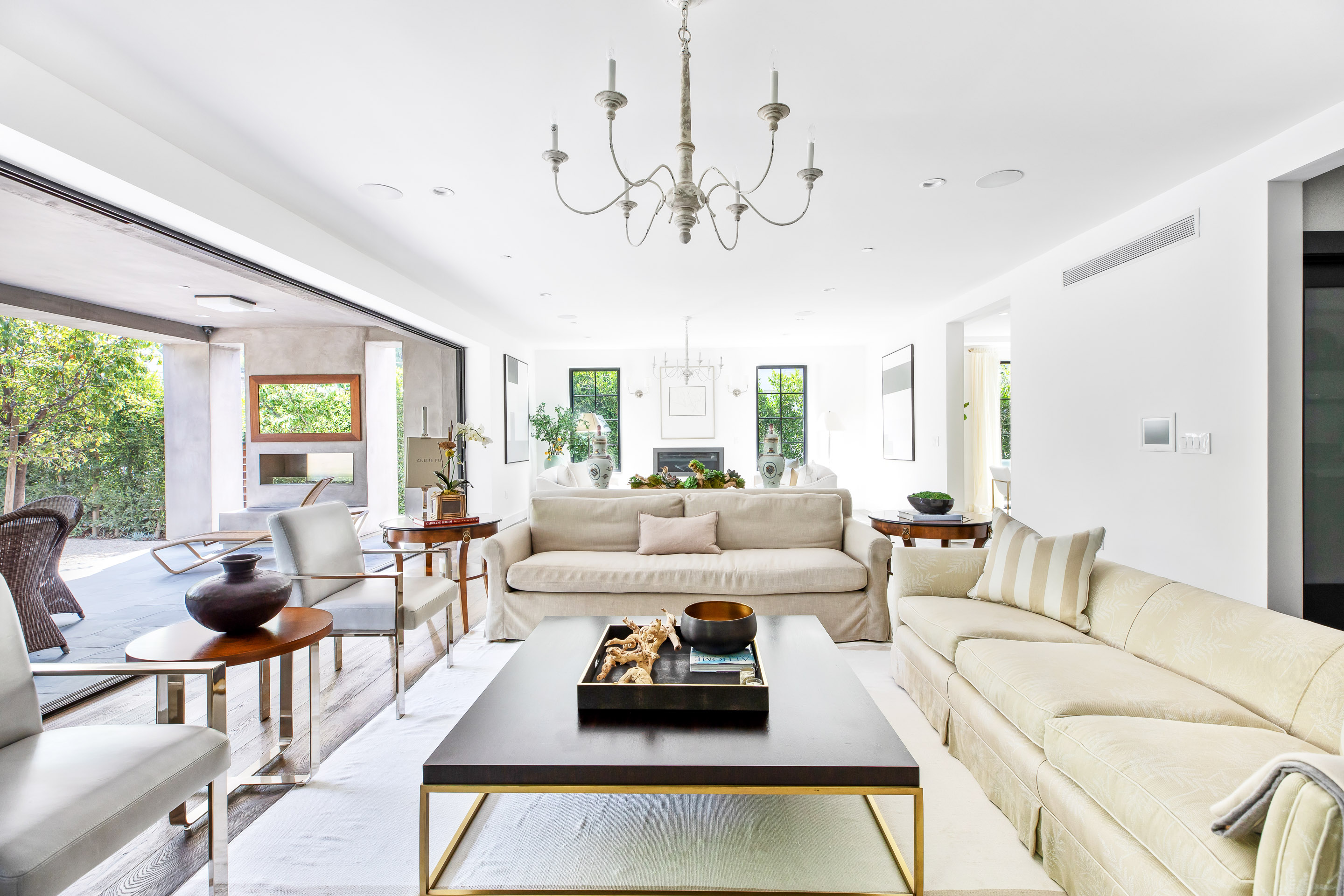 luxury Breentwood home by cindy ambuehl