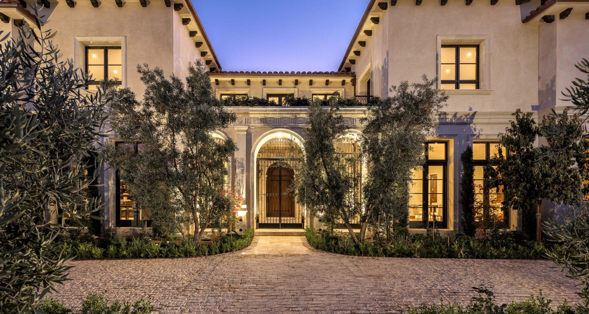 Traditional Luxury Meets Modern-Day Living in Beverly Hills