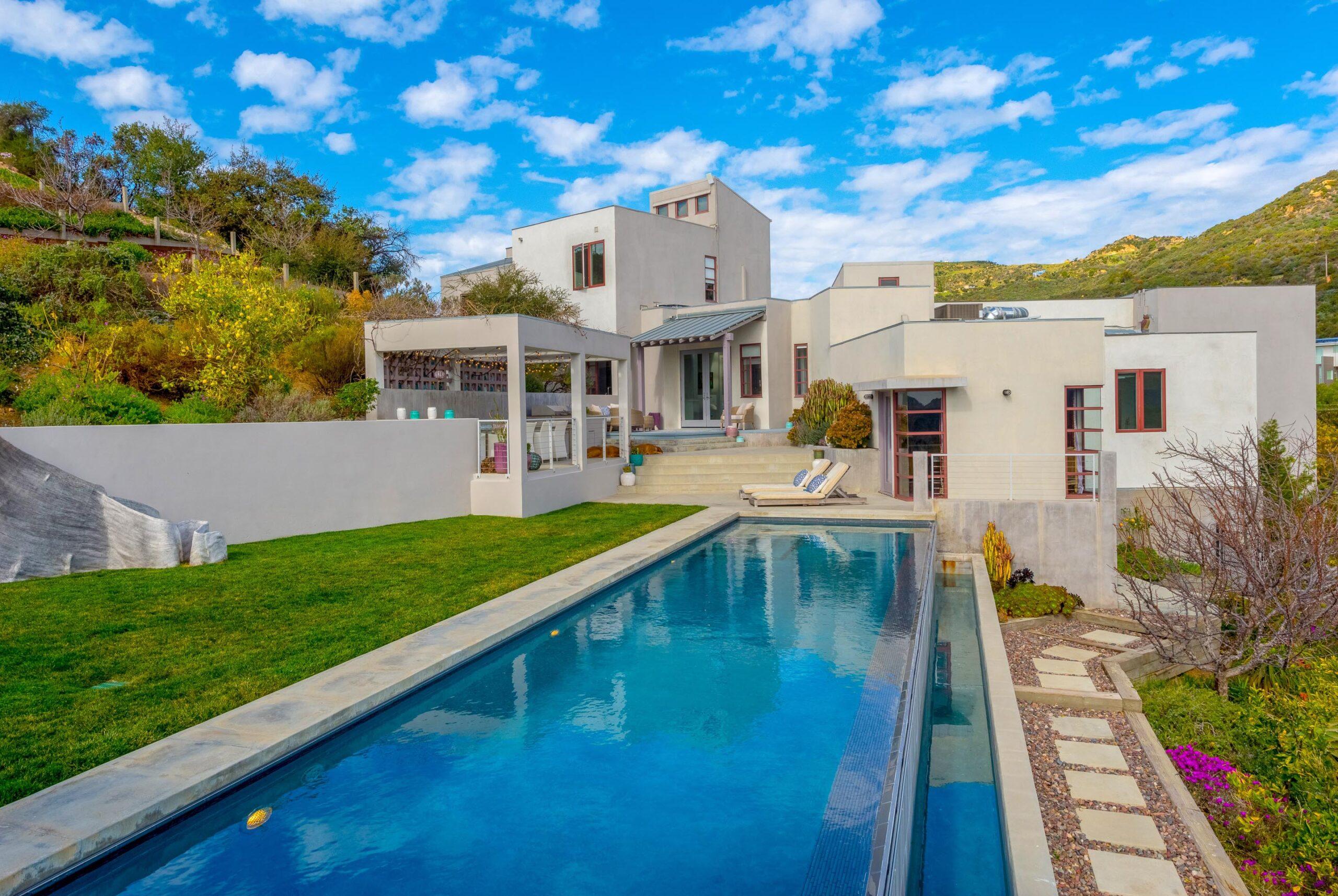 Celebrity Interior Designer Lm Pagano Lists Her Topanga Canyon Home Digs Net
