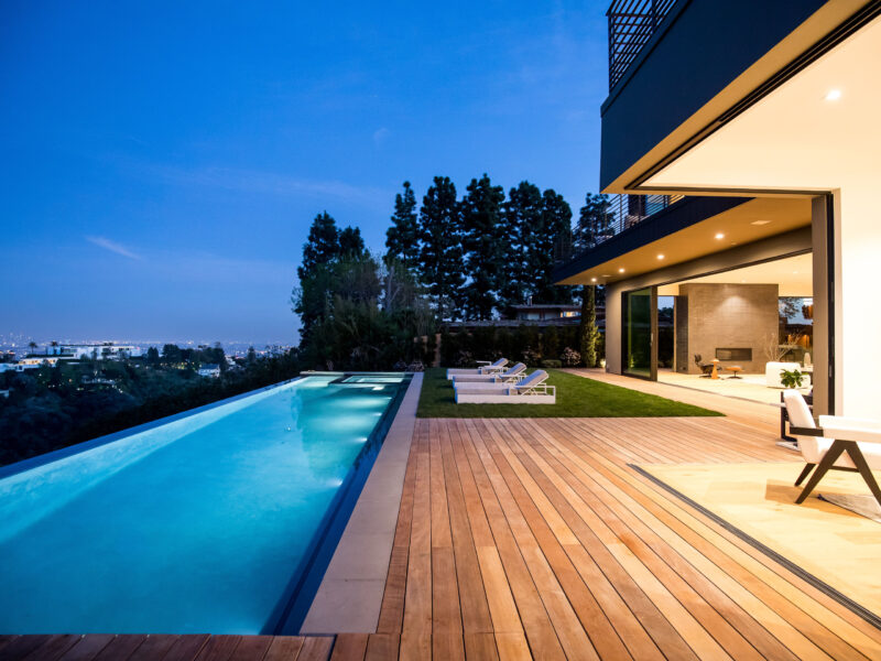 turnkey estate in bel-air_infinity pool